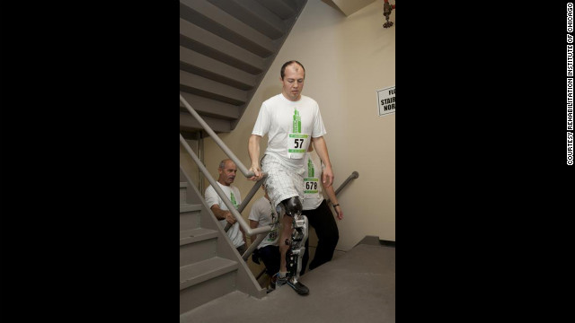 Zac Vawter scaled Chicago's Willis Tower with what researchers describe as the
