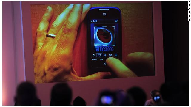 Mozilla lanza teléfonos con su propio sistema FireFox OS