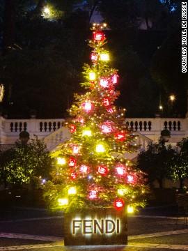 Árbol de Navidad Fendi, Roma, Italia