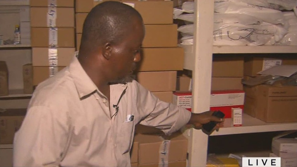 2014: Doctor treating Ebola with HIV drug