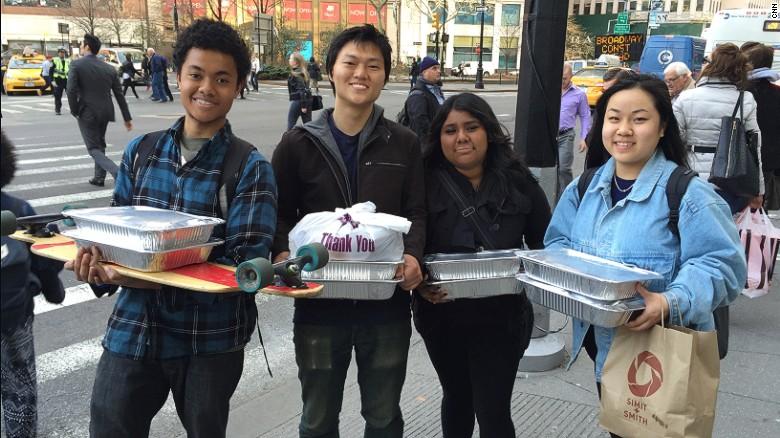 CNN Hero Robert Lee: Rescuing Leftover Cuisine