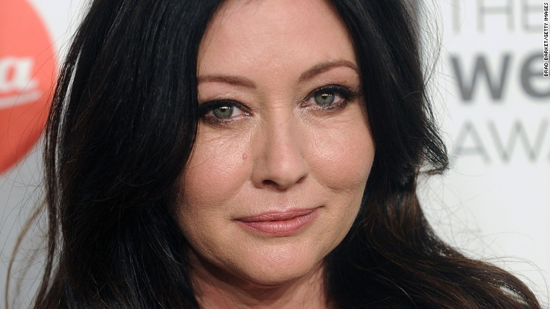 """In August, actress Shannen Doherty <a href=""""http://www.people.com/article/shannen-doherty-breast-cancer"""" target=""""_blank"""">confirmed to People </a>that she is undergoing treatment for breast cancer. She went public with the news after TMZ reported she was suing a former business manager, accusing her of letting the star's health insurance lapse."""