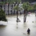 17 la-flooding 0813