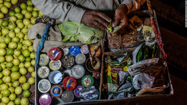 It's not just popular in Taiwan. Betel nut is also chewed in India, Myanmar, parts of China and Papua New Guinea,making it the world's fourth most commonly used psychoactive substance after tobacco, alcohol and caffeinated drinks.