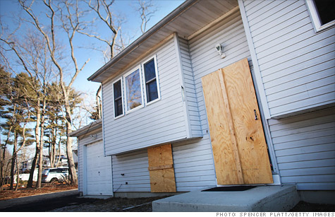 A TARP program that aims to help the nation's most struggling homeowners is falling short, said a special inspector general for the bailout program.