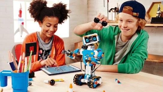 lego robots ces 2017