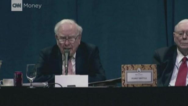 Warren Buffett: The three mistakes Wells Fargo made