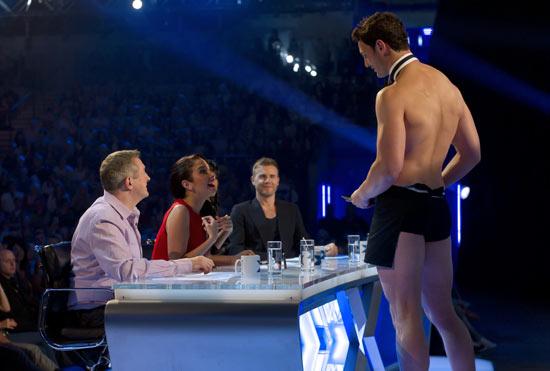 Tulisa's birthday surprise on 'The X Factor'