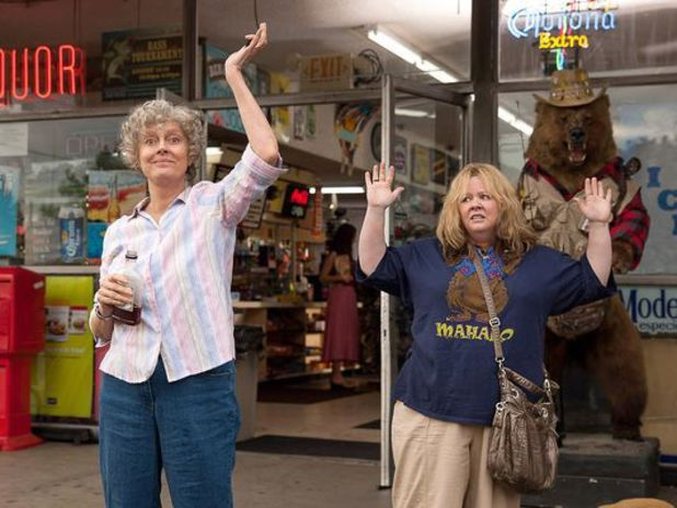 Pearl (Sarandon) and Tammy (McCarthy) star as the main characters in Tammy.