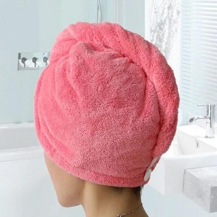 """Résultat de recherche d'images pour """"se secher les cheveux avec une serviette"""""""