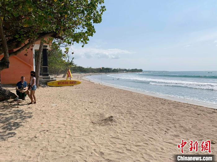 The picture shows Kuta Beach where tourists are missing.Photo by Lai Hongyuan