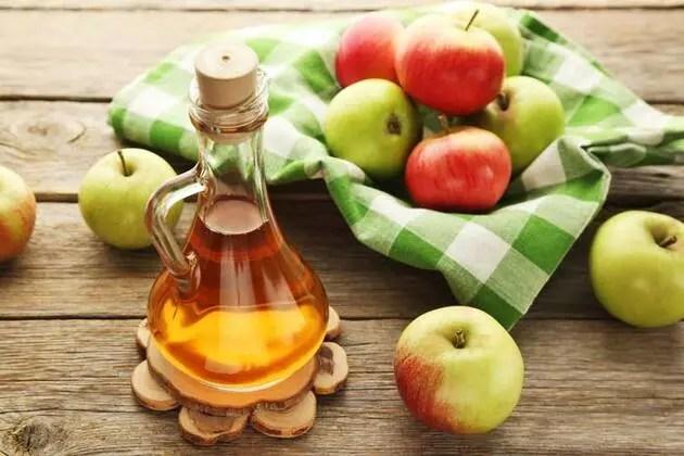 Günde 3 yemek kaşığı elma sirkesinin müthiş faydası!