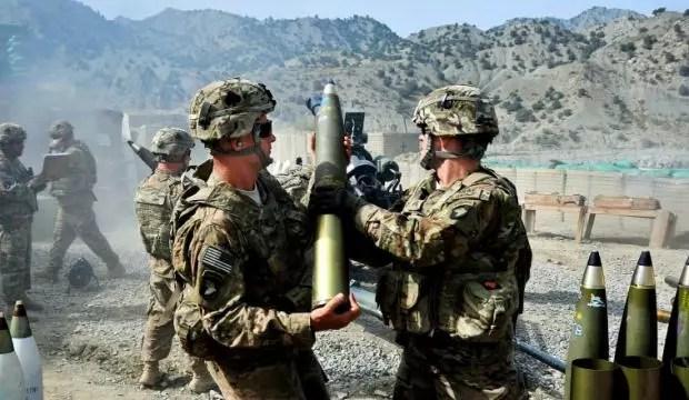 Evangelistler, ABD ordusunu ele geçiriyor!