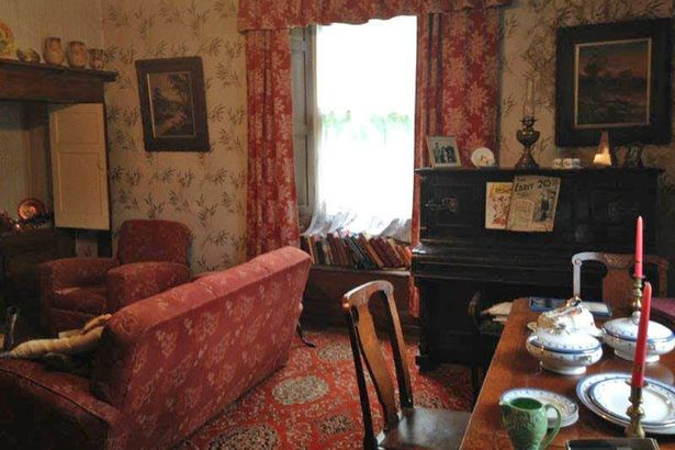 House Left Untouched Since 1940s Goes On Sale With All Its