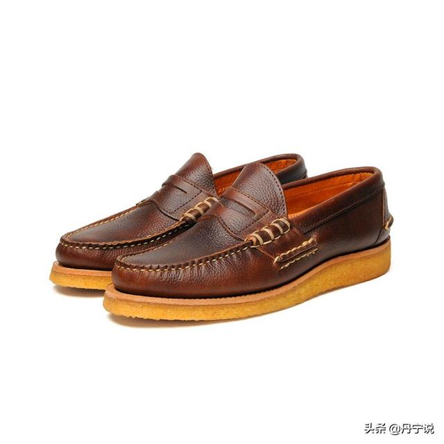 橡膠鞋底太堅硬不舒服嗎?看Clarks柔軟舒適的沙漠生膠鞋底 - 每日頭條