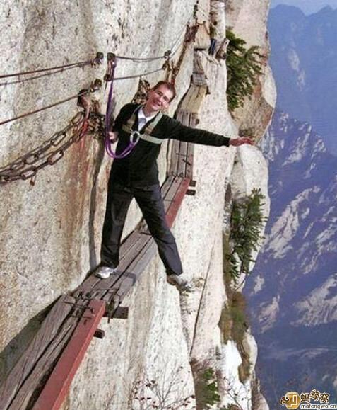 世界最危險的棧道——華山長空棧道 - 每日頭條
