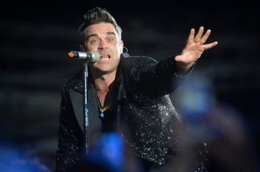 Robbie Williams @ Etihad 2013 - from the Manchester Evening News