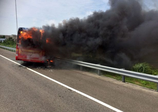 The bus was travelling to Taiwan Taoyuan International Airport at around 1pm local time when it crashed