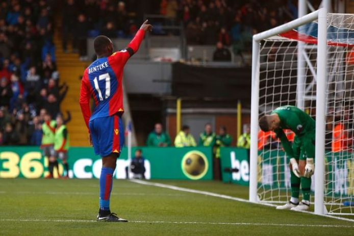 https://i2.wp.com/i2.mirror.co.uk/incoming/article9385301.ece/ALTERNATES/s615b/Crystal-Palaces-Christian-Benteke-celebrates-after-scoring-their-first-goal.jpg?resize=694%2C462