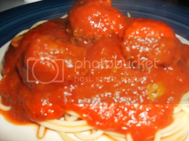 Spaghetti and Meatballs Close-up