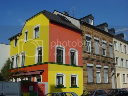 Colourful house Gilbertstraße