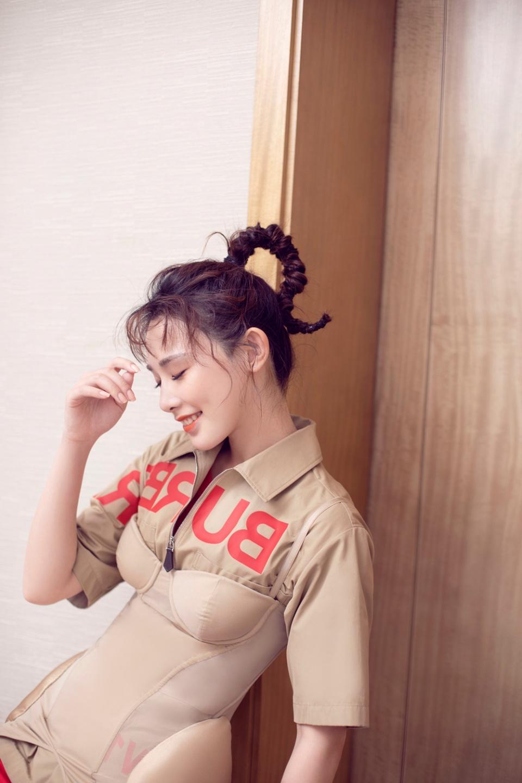 「甜酷女鵝」彭小苒亮相《合唱吧300》 見證R1SE草蜢兩代男團驚喜合唱 - 壹讀