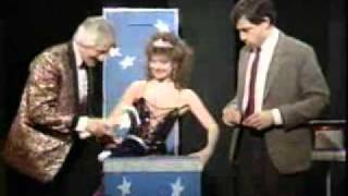 Download Mr Bean - Magic show 2011.wmv Video