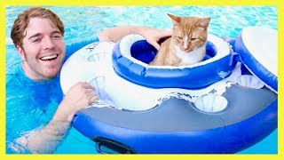 Download TRYING CRAZY POOL TOYS Video