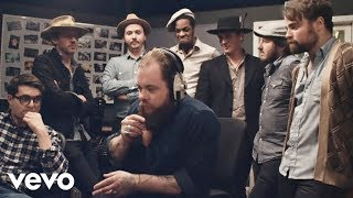 Download Nathaniel Rateliff & The Night Sweats - I Need Never Get Old Video