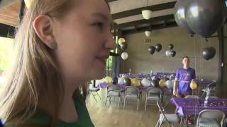 Download Virtual school hosts real prom Video