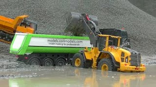 Download HEAVY RC CONSTRUCTION MACHINES🔥BIG WORK IN THE SLUSH🔥RC LIVE ACTION Video