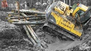 Download Excavator stuck in deep clay - Heavy Recovery - Terribärgarn - Sweden Video