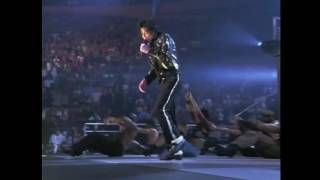 Download Michael Jackson - Beat It - Live at Madison Square Garden 2001 (Studio Version) Video