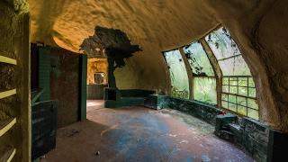Download ABANDONED Foam Dome Home | ″Xanadu″ Home Prototype Video