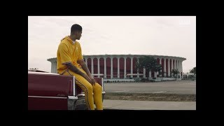 Download Kyle Kuzma Rolls Around L.A. in a '70 Cadillac DeVille Video