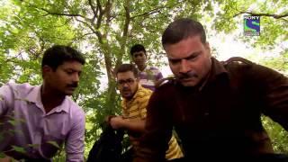 CID - Epsiode 692 - Abhijeet Ke Ateet Ka Raaz Part 10 Free Download