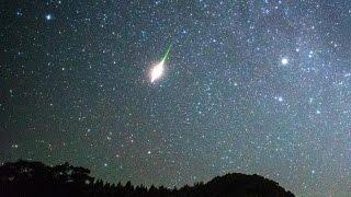Download 2016年 ペルセウス座流星群の火球と永続痕 Video