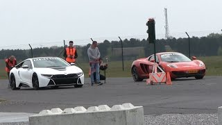 Download DRAGRACE | BMW i8 vs McLaren MP4-12C vs Ferrari Speciale Aperta vs Nissan GTR and more! Video