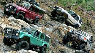 Download Land Rover Defender vs Discovery - Tea Cup 4x4 Challenge Ormeau Video