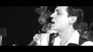 Download Yedinci Ev - Kalbim Seni Arıyor Video