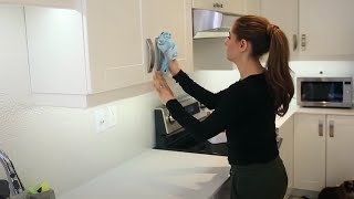 Download 7 EXPERT CLEANING TIPS YOU NEED TO BE USING! Video