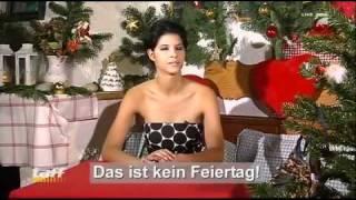 Download Micaela Schäfer erklärt Weihnachten Video