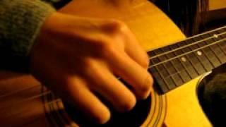 Download 我不願讓你一個人 吉他 cover 自彈自唱 女版 (原唱:五月天) Video