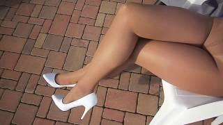 Download Pantyhose layers - pantyhose Leggs Sheer Energy - Medium Support Leg color Suntan Video