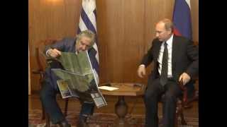 Download Presidente Mujica reunido con Putin Video