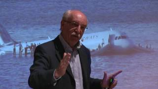 Download How do smart people make smart decisions? | Gerd Gigerenzer | TEDxNorrköping Video