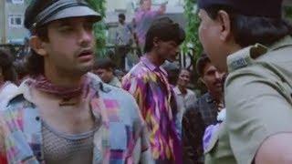 Download Aamir Khan caught selling movie tickets in black - Rangeela Video