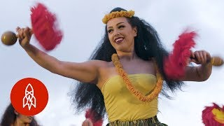 Download What It Takes to be a Hula Champion Video
