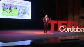 Download ¿Se puede comprar la felicidad? | Martín Tetaz | TEDxCordoba Video