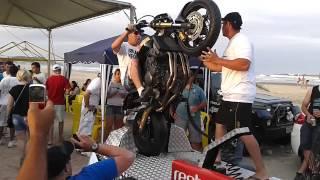 Download Edson colocando a Hornet no Grau - Laguna 2012 Video